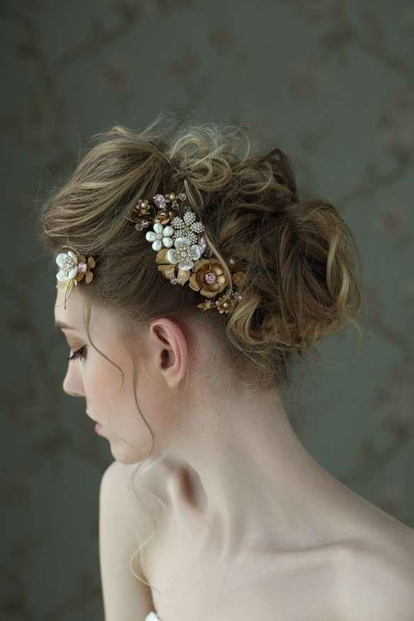 色々なティアラ・頭飾り