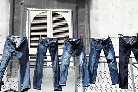 デニムパンツどれくらいの頻度で洗ってますか?
