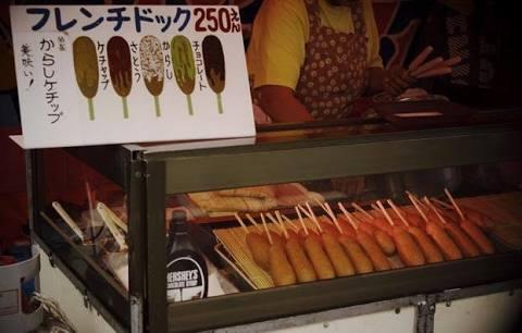 お祭りの屋台で買ってしまう食べ物