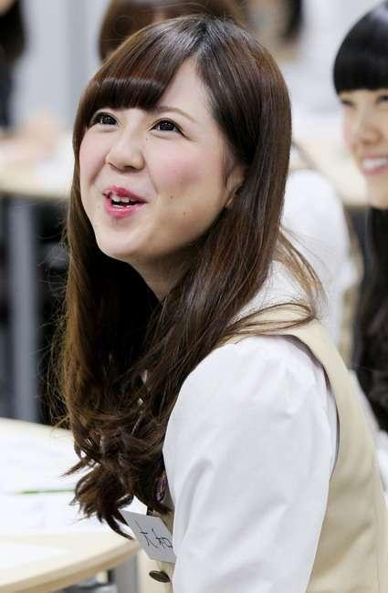 リアリティ番組に参加した元乃木坂46大和里菜、芸人アントニーとのDキス動画をSNSにアップされ炎上!