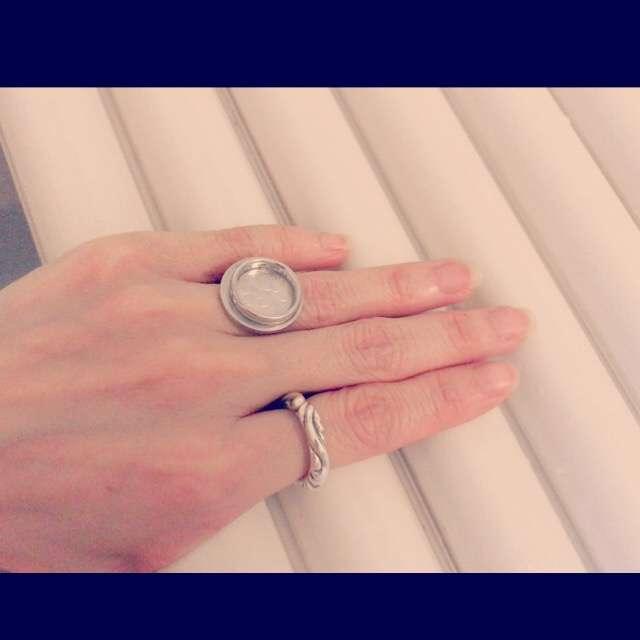左手薬指、何号ですか?