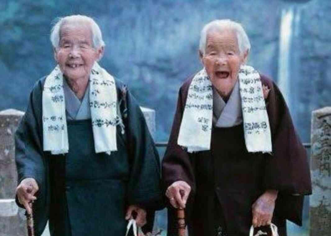 きんさん・ぎんさんの娘も100歳、親子2代でアノ広告に登場