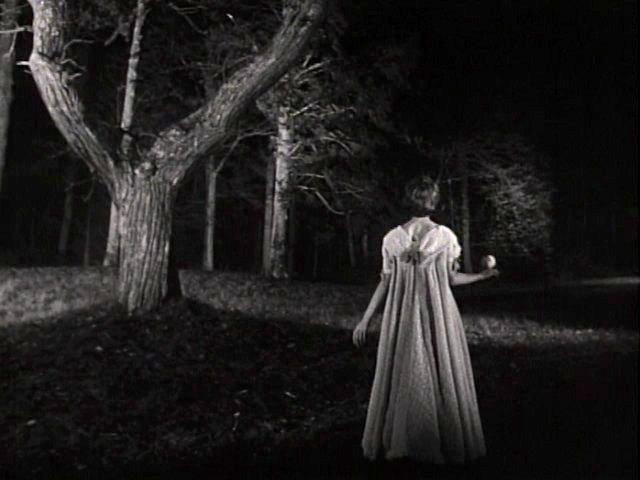 怖くて見れないホラー映画がどれくらいこわかったか見た人が教えてあげるトピ