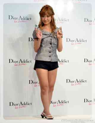 紗栄子、細身のスタイルからは想像できないほど食事量がすごいと話題に