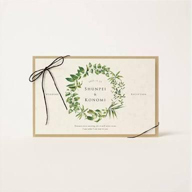 結婚式 招待状どんなデザインにしましたか?