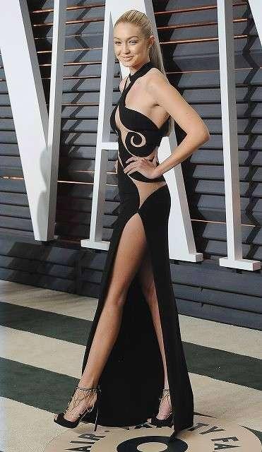 【好み?】女性芸能人ドレス【画像】