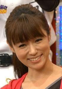 """深田恭子、愛犬を""""ギュ~""""する写真が可愛すぎ「天使の笑顔」「目の保養」と注目集まる"""