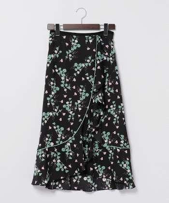 派手柄スカート好きな人!