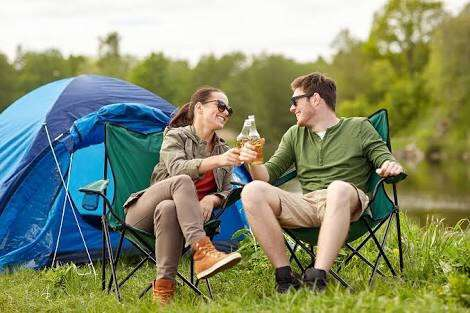 夫婦二人でのキャンプって痛い?