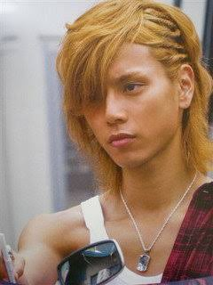 水嶋ヒロ、バッサリ短髪に!「イケメンすぎ」