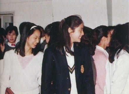 タカラジェンヌの音楽学校時代が見たいです。