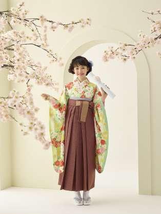 小学校の卒業式で袴を着せるのはどう思いますか?