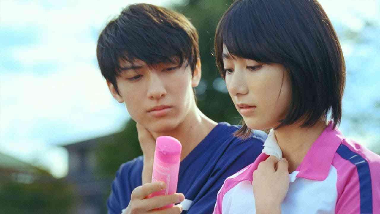 """「めちゃかわいい」 """"CM美少女""""池間夏海が日本中から熱視線を浴びる"""