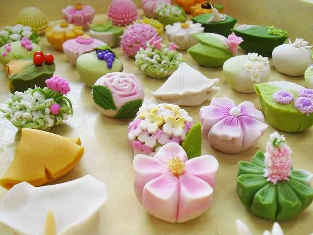春らしいお菓子の画像で のんびり雑談をしましょう