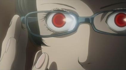 瞳の色を変える手術でインスタモデル、視力の一部を失う(米)