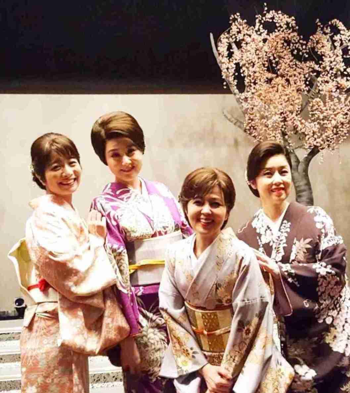 片岡愛之助、妻・藤原紀香の舞台を観劇 貴重なメガネ2ショットも公開