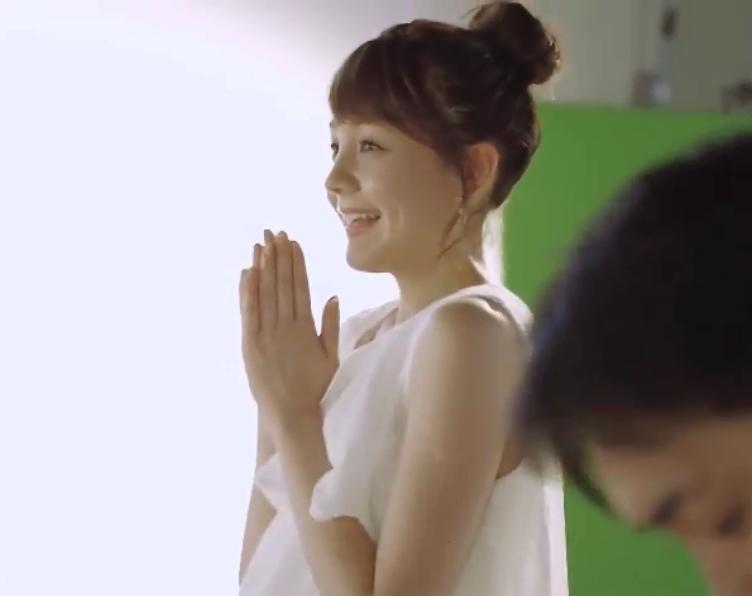 """トリンドル玲奈&河北麻友子、""""同い年""""2ショットで美肌あらわ「可愛すぎて2度見…」とファン悶絶"""