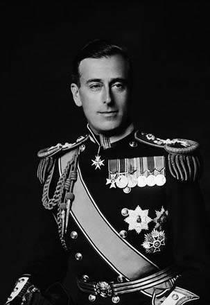 英ロイヤルベビー 名前は「ルイ・アーサー・チャールズ」に 通称は「ルイ王子」