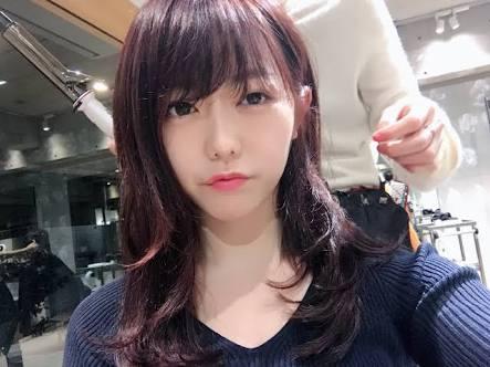 峯岸みなみがまさかのすっぴん? 篠田麻里子との写真に「美肌すぎる」