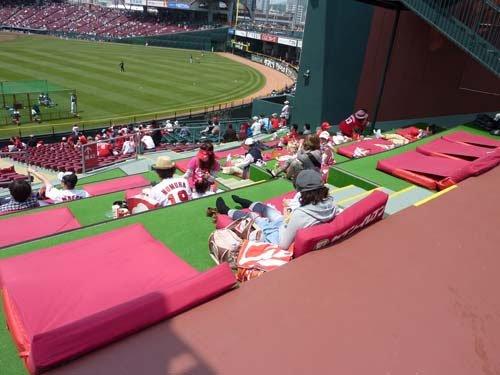 プロ野球観戦をされる方!球場もしくは家での楽しみ方は?