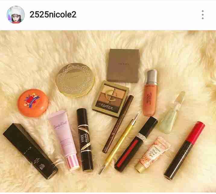女優、モデルが実際に愛用している化粧品 ブランドを予想するトピ