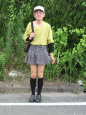 スカート・ワンピースの丈はどのくらいですか?