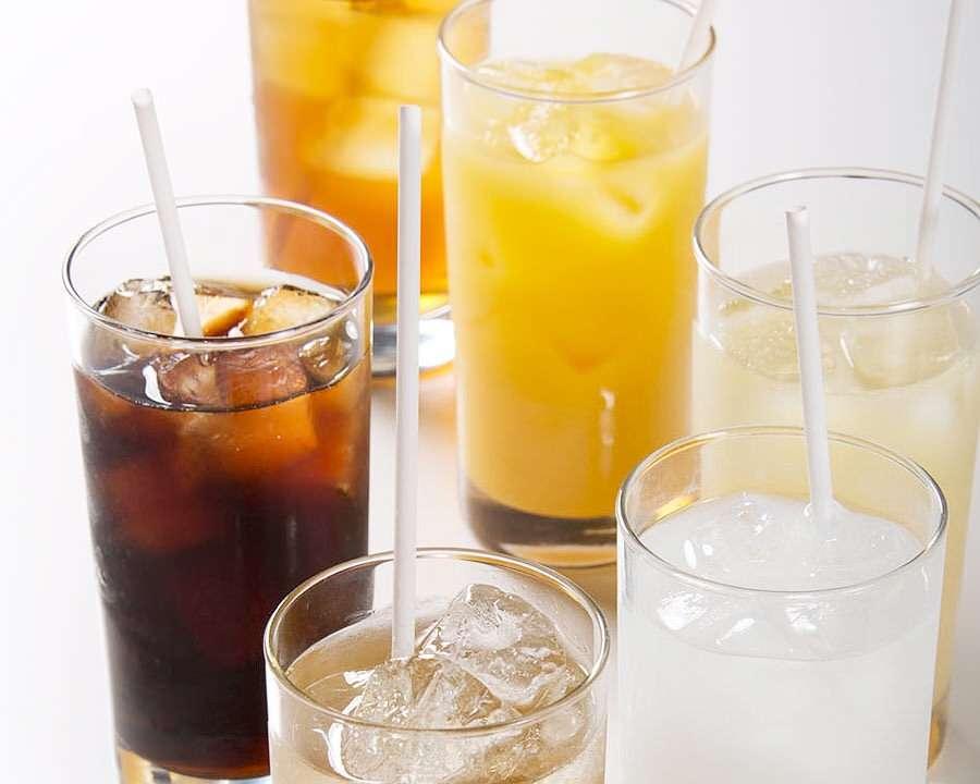 飲食店で「お酒はいりません。水で」は問題か? 「飲み物どうなさいますか?」がプレッシャーという投稿が話題