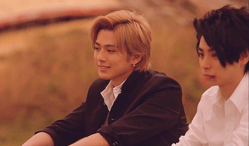 新田真剣佑、サマンサ入社式にサプライズ登場 黄色い歓声響く