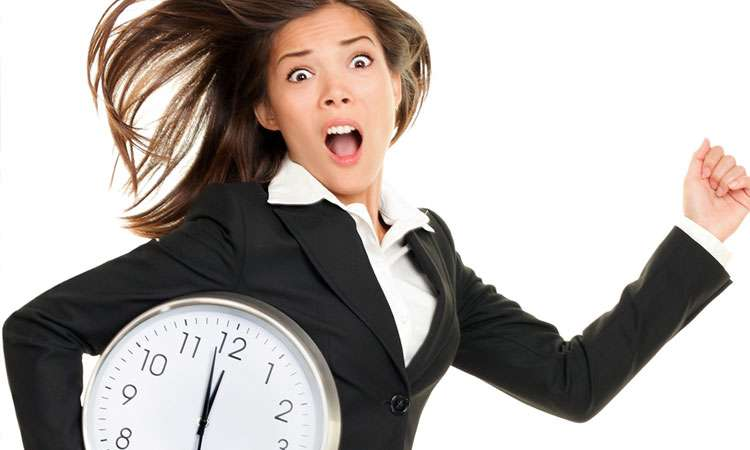 職場への遅刻・休暇の連絡手段