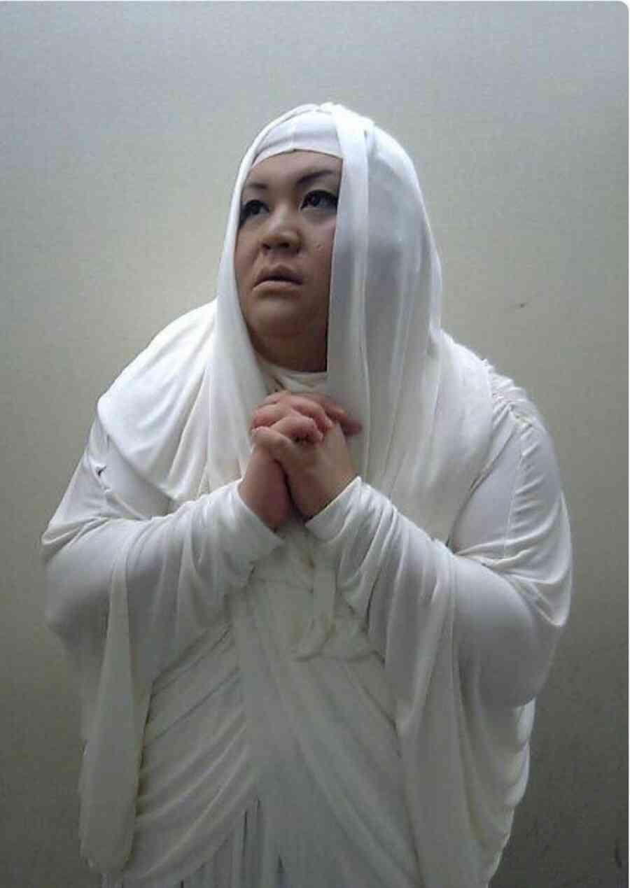 白衣が似合うイケメンの画像