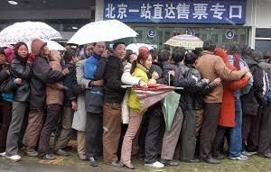 """中国人差別で「バレンシアガ不買運動」勃発……フランスの""""中国人蔑視""""がひどすぎる!?"""