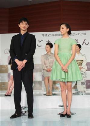 """二度見するレベルの""""驚異的小顔"""" 韓国イケメンモデルが日本でもバズる"""
