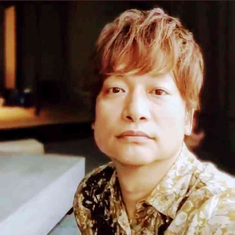 香取慎吾、本格ラップ&迫力ダンス&扉を破壊…「震えた」「衝撃的過ぎる」と動画が話題