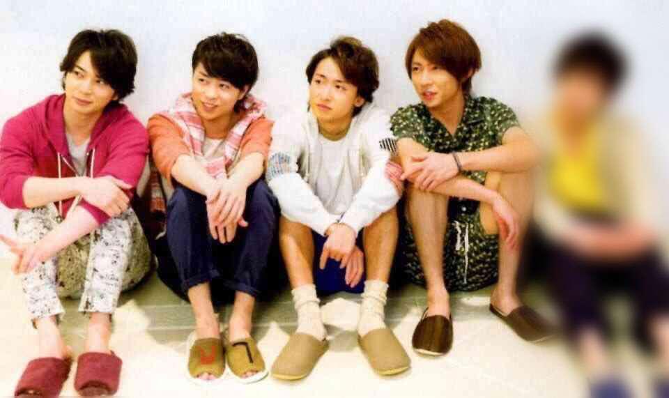 伊藤綾子が投稿した4年前のブログに二宮和也の私服?ファンが指摘