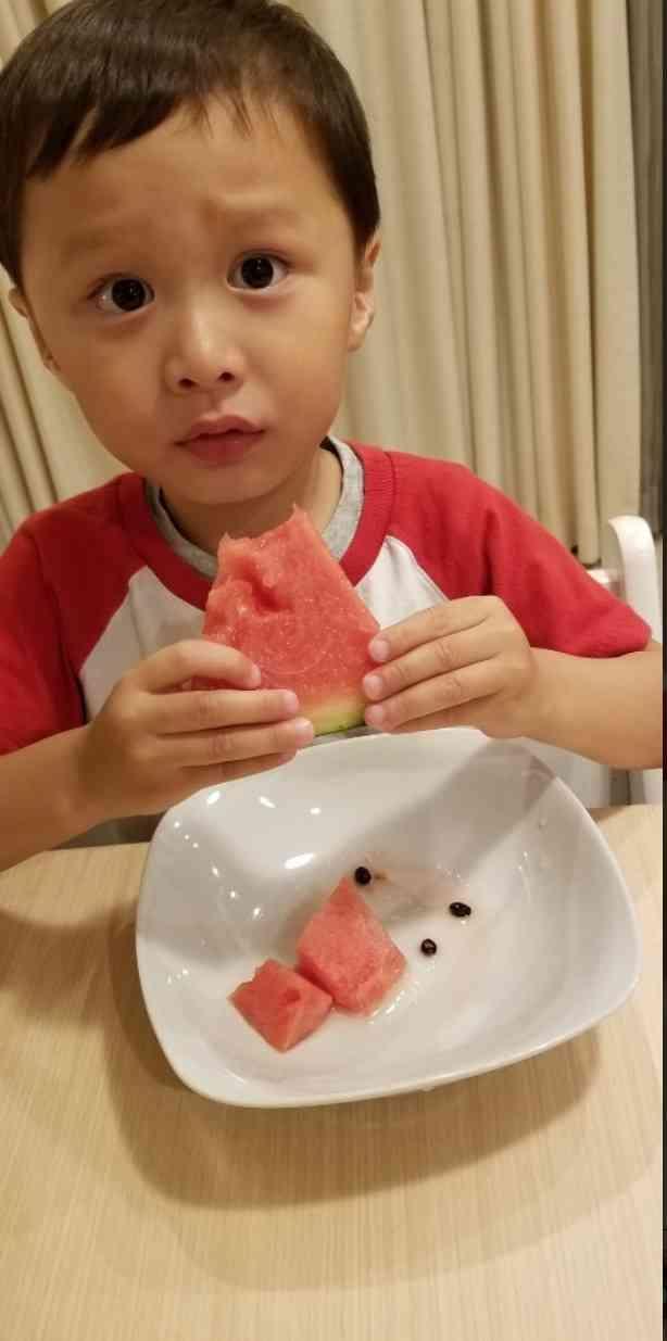 小原正子、3歳長男の言葉に感涙「いつもごはんつくってくれてありがと」