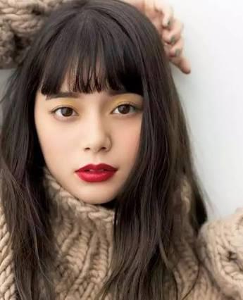 岸本セシル、弟が芸能界デビュー 「イケメン」「似てる」と反響