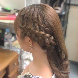【お呼ばれ】結婚式の髪型について