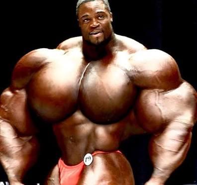 筋肉質な男性について