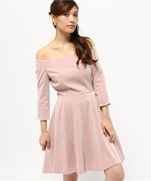 シンプルな服装をしたい!