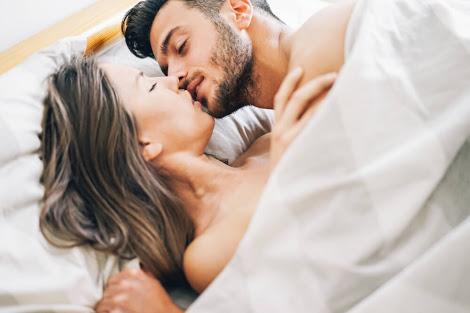 寝起きにキスできますか?