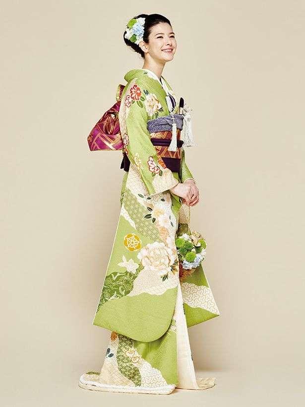 新婚の菊地亜美、白無垢姿を公開 ファンから絶賛の声