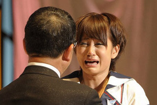 """""""お姫さま抱っこ""""から6年 前田敦子の新たな恋と成長"""