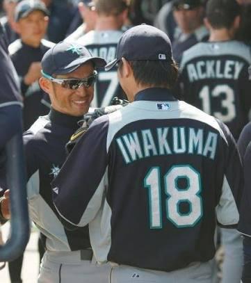 大谷翔平とイチローが対面 鬼ごっこ→笑顔で握手