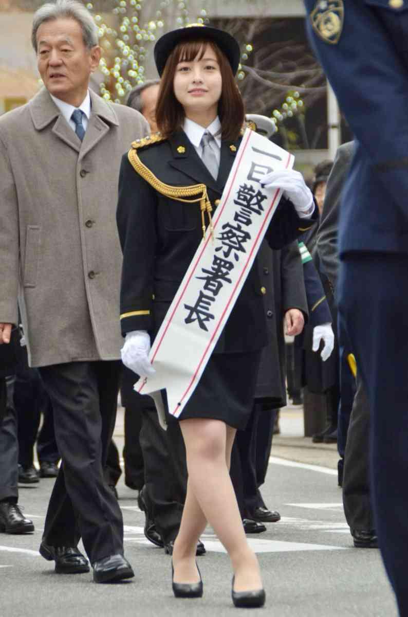 田中道子「小さい頃からの憧れ」一日警察署長に 振り込め詐欺防止へのアドバイスも