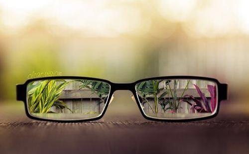 視力回復に興味ある人