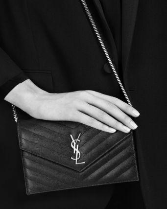 バッグ、財布等ブランド統一していますか?