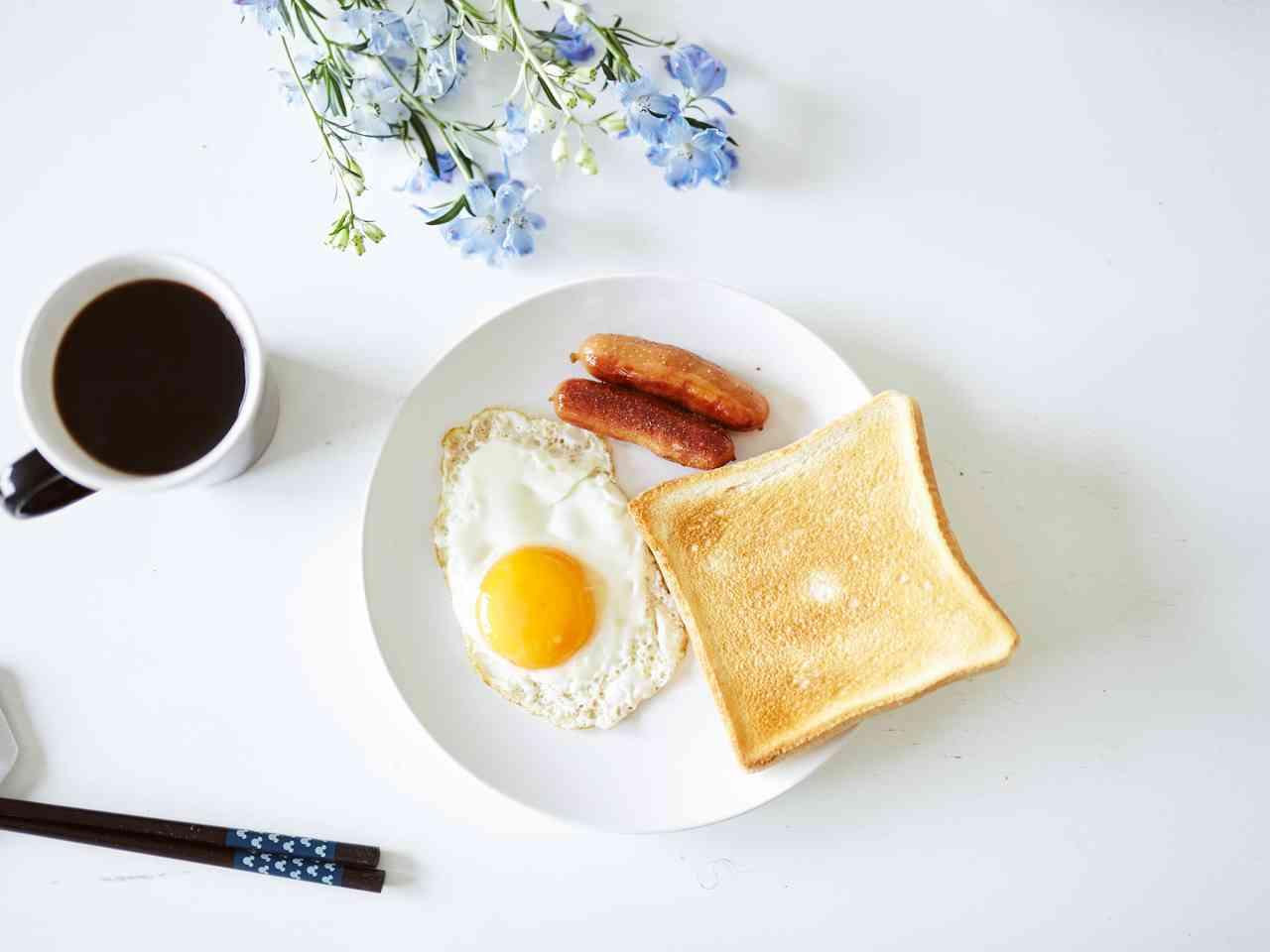 朝食に欠かせないものは何ですか?