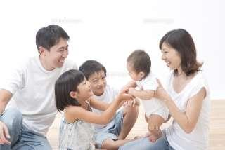 35歳から「3人出産」は難しい? 5人家族に憧れる女子に現実的な指摘