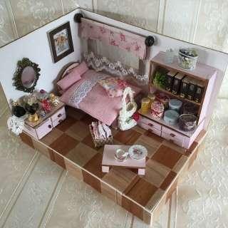 ミニチュアの家具を貼るトピ♪