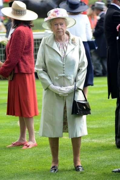 エリザベス女王のファッション